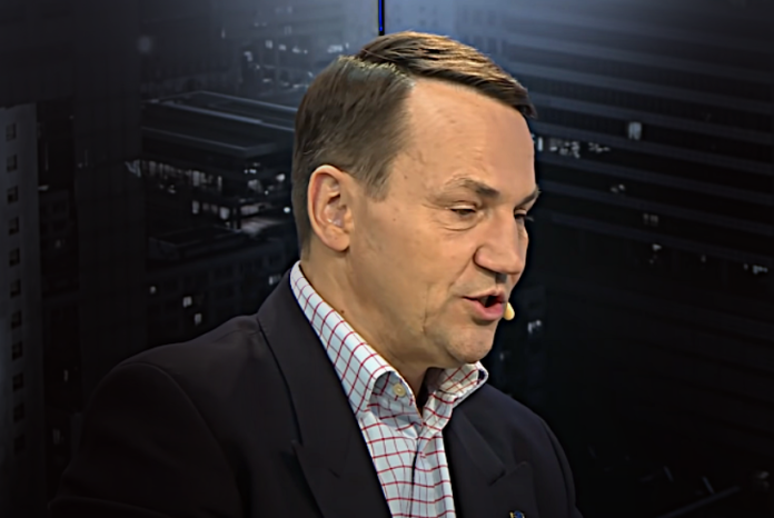 Radosław Sikorski atakuje Dudę