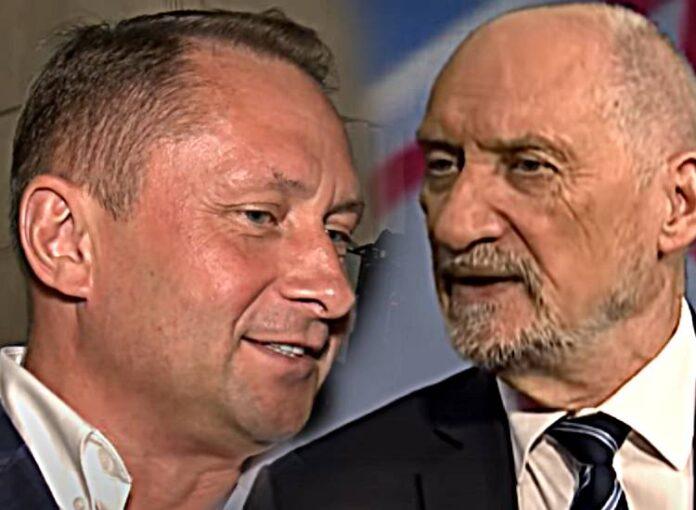 Kamil Durczok atakuje Macierewicza